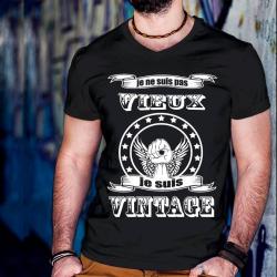 """Tee shirt personnalisé """"Je ne suis pas vieux je suis vintage"""""""