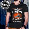 """Tee shirt personnalisé """"Ce merveilleux papa appartient à ..."""" Avec prénom au choix"""